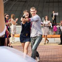 Первый танец молодых (молодые за кадром)))