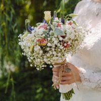 Нежный, воздушный букет для прекрасной невесты, с ранункулюсами, эустомой, вероникой, гипсофилой
