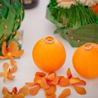 Апельсиновые подставки для колец