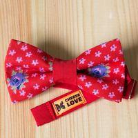Бабочка красного цвета с цветочным принтом Стоимость 790р.  Чтобы заказать пишите в л.с.  или по т. +7 950 038 54 26