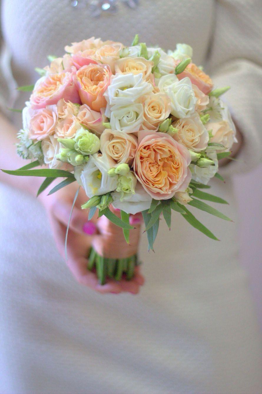 101 розы, букет невесты из бутонов розы