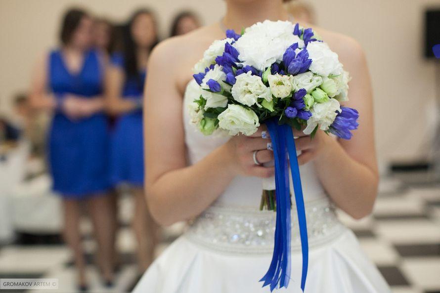 """Свадебный букет сине-белая гамма - фото 1679889 """"Несен Студио"""" - свадьба продуманная до мелочей"""