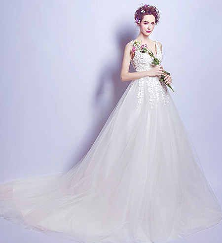 Свадебное платье - модель А857 в аренду