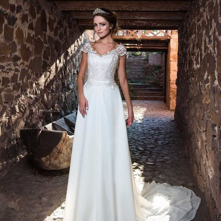 Свадебное платье в аренду, модель А972