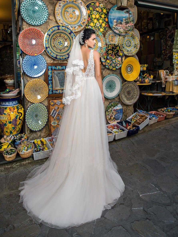 """Свадебное платье А1349. Покупка НОВОГО 24.500р. Прокат свадебных платьев от 1.900 р до 14.500р на три дня. Есть отдельно ряд платьев для проката! - фото 17673138 Свадебный салон """"Лучшая"""""""