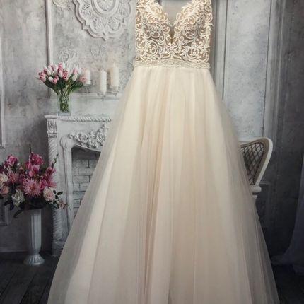 Платье пышное А1529