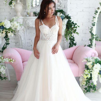 Свадебное платье со шлейфом А1561