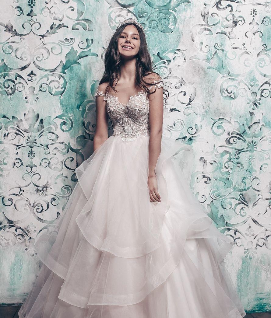 Платье пышное А1768