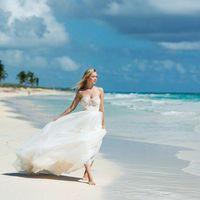 Свадебное платье А1905. Продажа 22.500 руб. Прокат свадебных и вечерних платьев от 1.900 руб. до 14.500 руб. Есть отдельно ряд платьев для проката!
