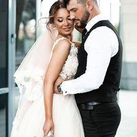 Свадебное платье А1989. Продажа 19.500 руб. Прокат свадебных и вечерних платьев от 1.900 руб. до 14.500 руб. Есть отдельно ряд платьев для проката!