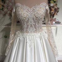 Свадебное платье А2051. Продажа 24.500 руб. Прокат свадебных и вечерних платьев от 1.900 руб. до 14.500 руб. Есть отдельно ряд платьев для проката!
