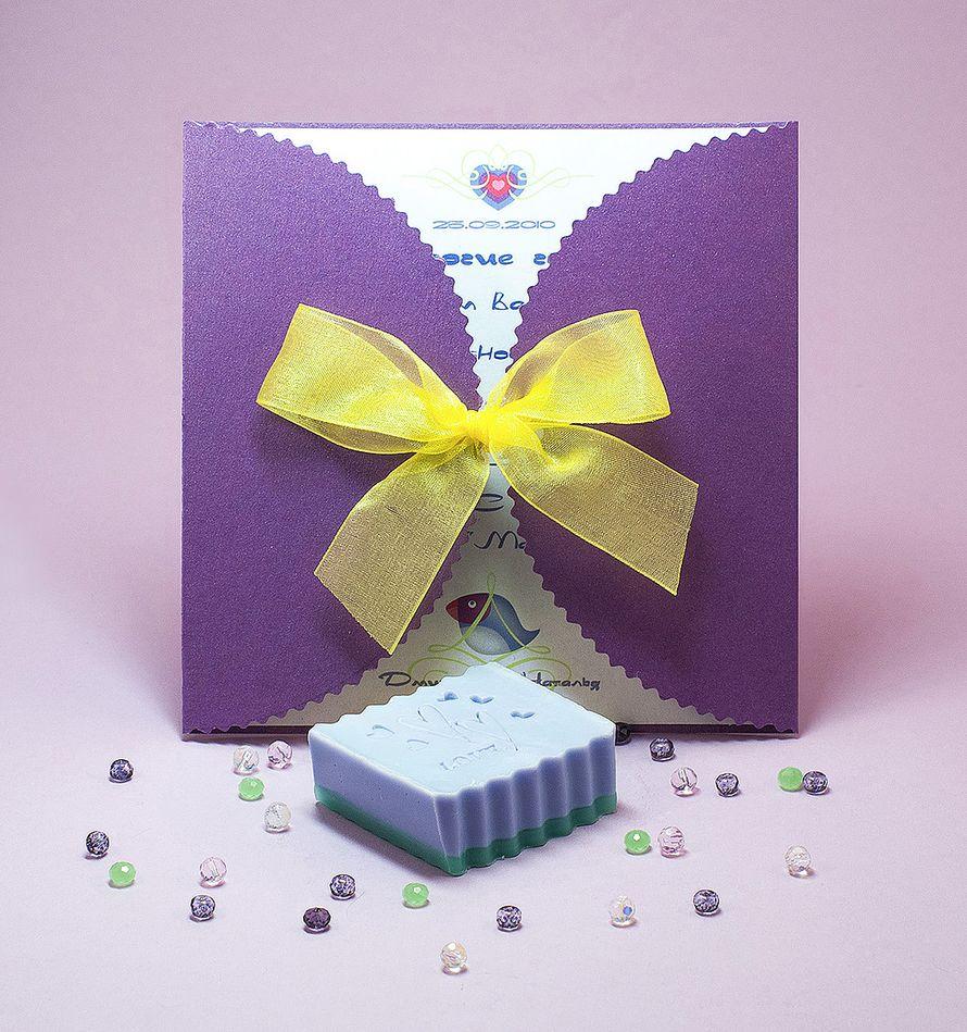 Мыло ручной работы станет незабываемым подарком для ваших гостей, пришедших разделить с вами свадебное торжество. Разные формы, цвета и запахи на ваш вкус. - фото 2032050 Natta Art Shop. Приглашения, бижутерия, подарки