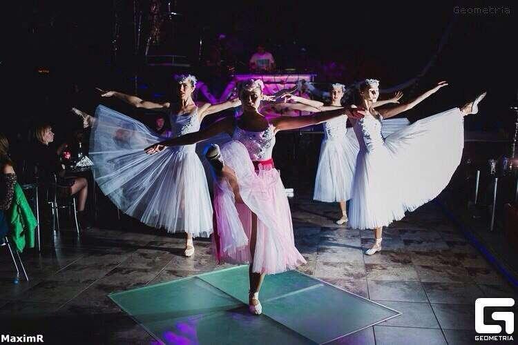"Фото 11480560 в коллекции Алегрия - Шоу-балет ""Ша Нуар"""