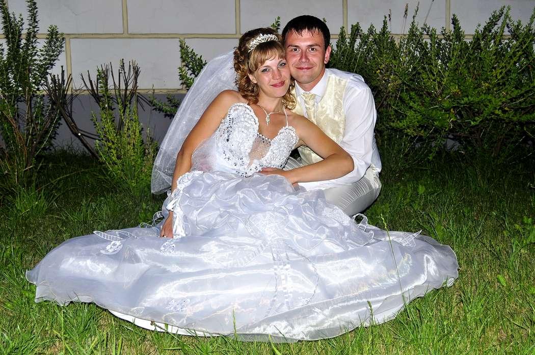 Фото 2102028 в коллекции Мои свадьбы - Видеограф Елена Дубова