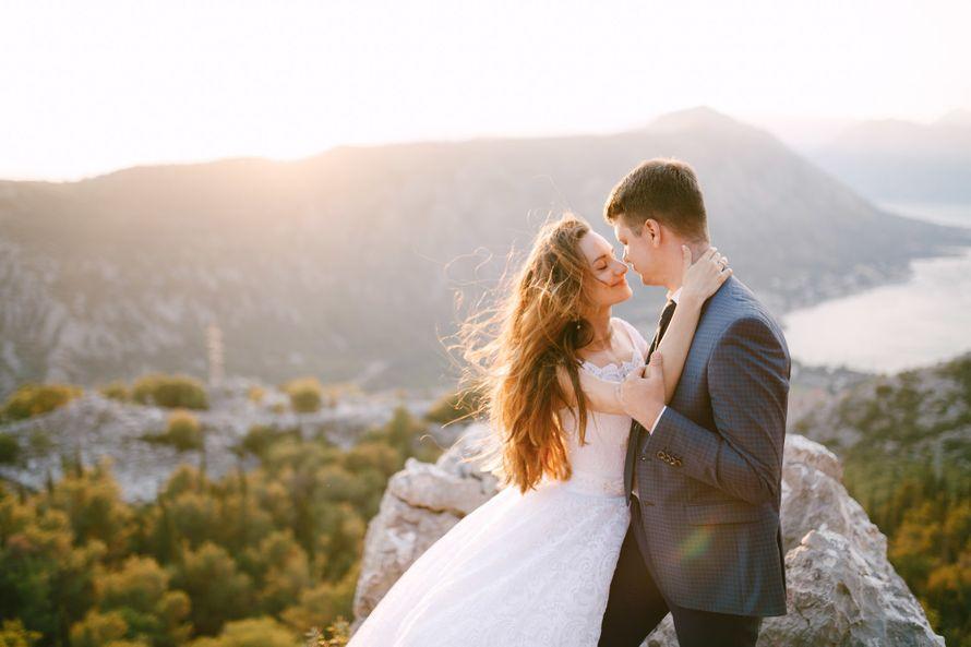 Wedding photoshoot in Montenegro  - фото 18285352 Фотограф Владимир Надточий