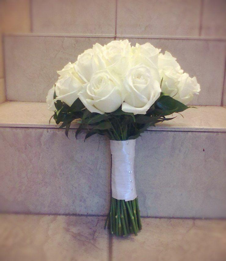 Простые украшения своими руками для свадебного зала 96