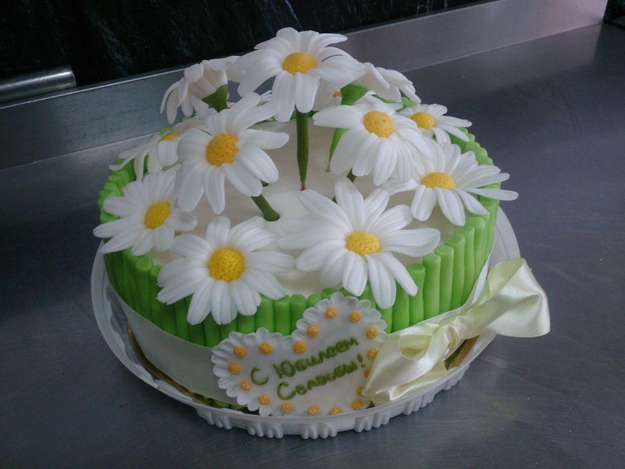 украсить торт ромашками из мастики фото особенно если нужен
