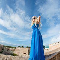 Подружка невесты в небесно-голубом
