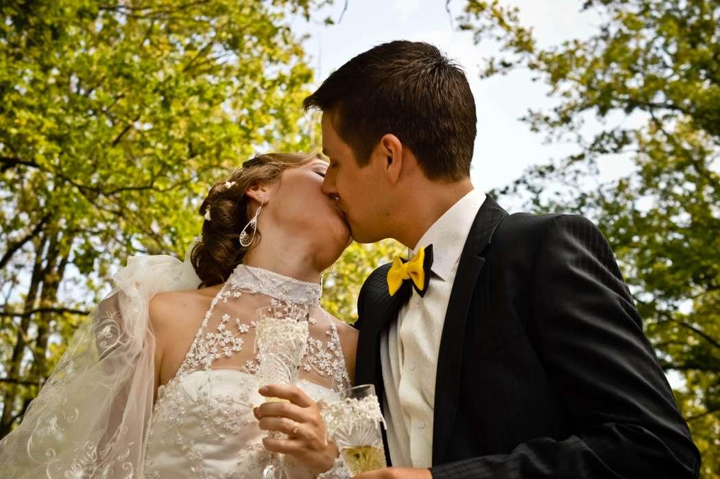 прикольные картинки свадьба горько двери