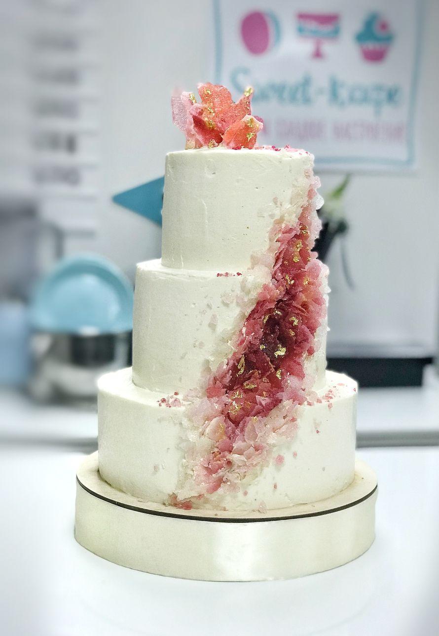 """Торт """"Драгоценность""""  стоимость 1900 Р/кг - закажите торт за 1 месяц или ранее и получите каждый 3-ий кг в подарок - фото 17665292 Sweet - кафе-кондитерская"""