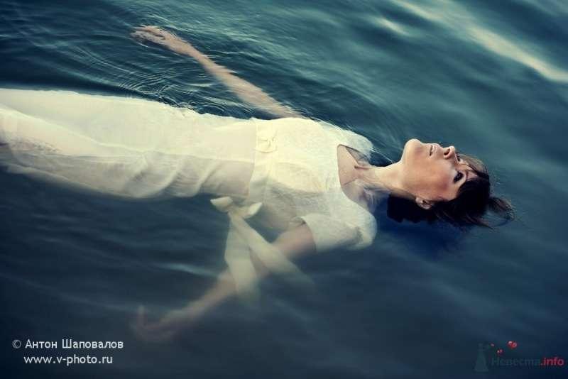 Фото 53745 в коллекции Trash-the-dress или Хмурое утро невесты - Свадебные фотографы StoryOfMoments