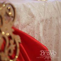 """19 ноября, в зале ресторана """"Сибирь"""", состоялась свадьба Руслана и Дарьи в бордово-красных с золотым тонах- цветами аристократического благородства и роскоши."""