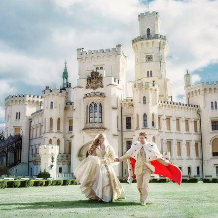 Организация церемонии в замке Глубока над Влтавой