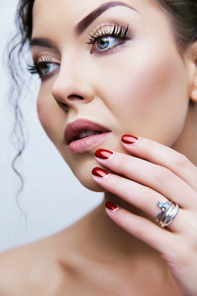 сочный, яркий, свадебный, низкий пучок, косы, сексуальный, чувственный, принцесса - фото 4635315 Стилист-визажист Катрина Петренко