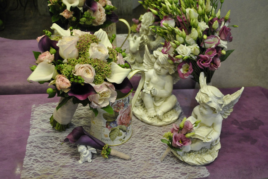 любимая роза ДО , элегантные каллы , с изящной эустомой в свадебном оформлении - фото 3173259 Артбукет - флористика