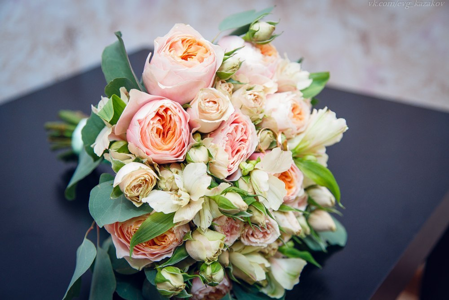 Что может быть прелестнее розочек в свадебном букете, трепет и нежность в свадебном букетике - фото 3173279 Артбукет - флористика