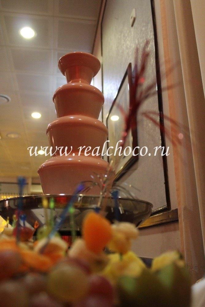 """Шоколадный фонтан 60см, шоколад розовый - клубничный - фото 2406767 """"Вкус жизни"""" - сладкие подарки на свадьбу"""
