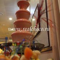Шоколадный фонтан 60см, шоколад розовый - клубничный