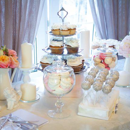 Оформление фуршетного или сладкого стола