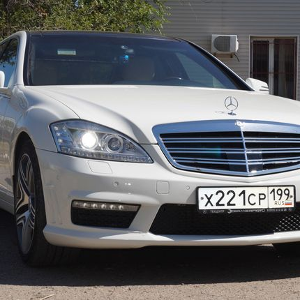 Аренда авто Mercedes Sclass W221 Long, цена за 1 час