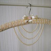Плечики для платья невесты