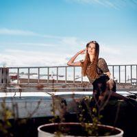 Представляю Вашему вниманию обворожительную Викторию!)))) Ради необычных снимков мы даже забрались на крыши нашего любимого города Санкт-Петербурга. Ваш личный фотограф Сергей Герелис  и