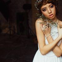 Макияж и волосы - я  Модель - Оксана Шпак  Фото - Аня Нагайцева  #макияж #прическа #локоны #плетение #визажист #makeup #hair #style
