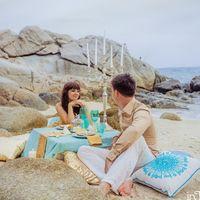 Пикник при свечах на острове