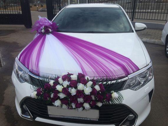 Тойота камри новые черные и белые с украшениями - фото 18476520 Авто на свадьбу - Forvard-караван