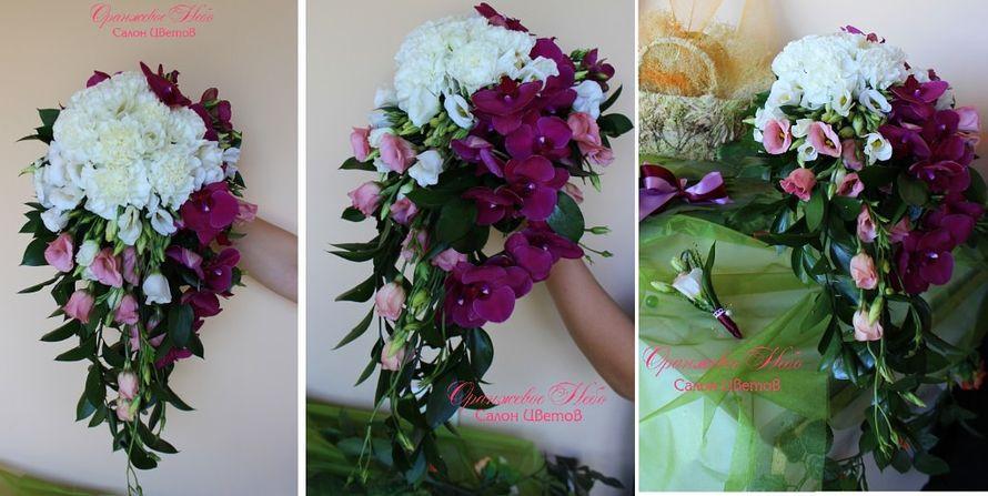 Каскадный букет Невесты с крупными ветками орхидеи Фаленопсис - фото 2838595 Студия флористики и декора Оранжевое Небо