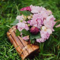 свадебный пикник в стиле шебби шик, букет невесты в стиле прованс