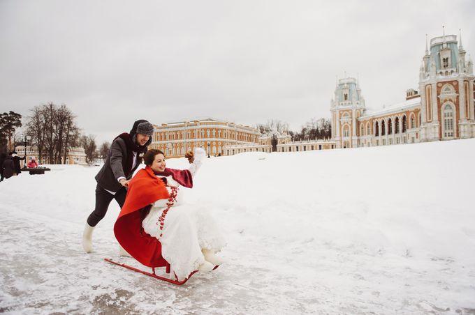 Уставшая невеста не смогла устоять перед двумя парнями фото 753-97