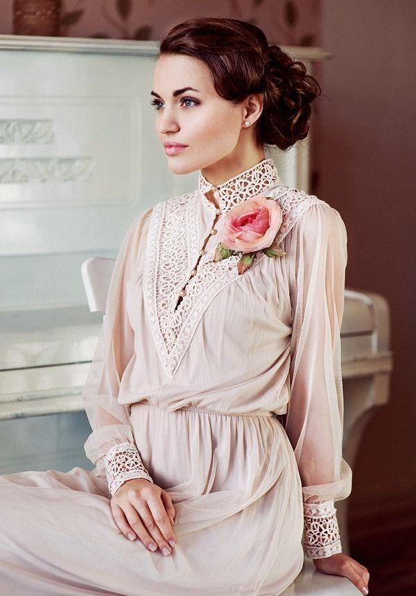 Розы из ткани для платья
