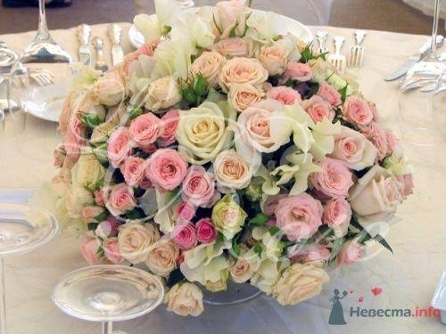 """Фото 17903 в коллекции Президиум и настольные композиции - Галерея цветов """"L'Rose"""""""