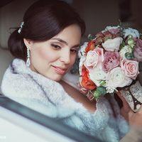 невеста с красивым букетом