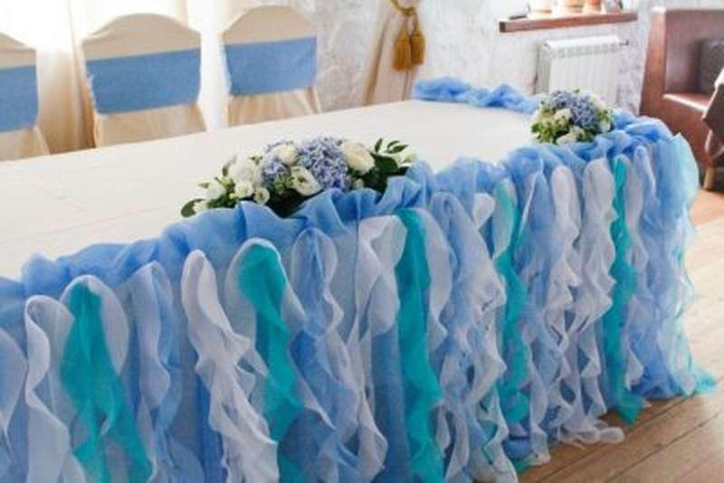 Украшение стола из ткани