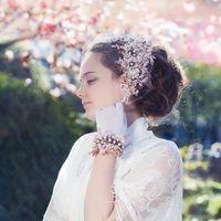 украшение в прическу в винтажном стиле из кружева и бисера  дизайнерские аксессуары Алины Ё