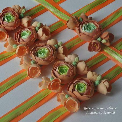 Ярко-оранжевые браслеты для подружек невесты