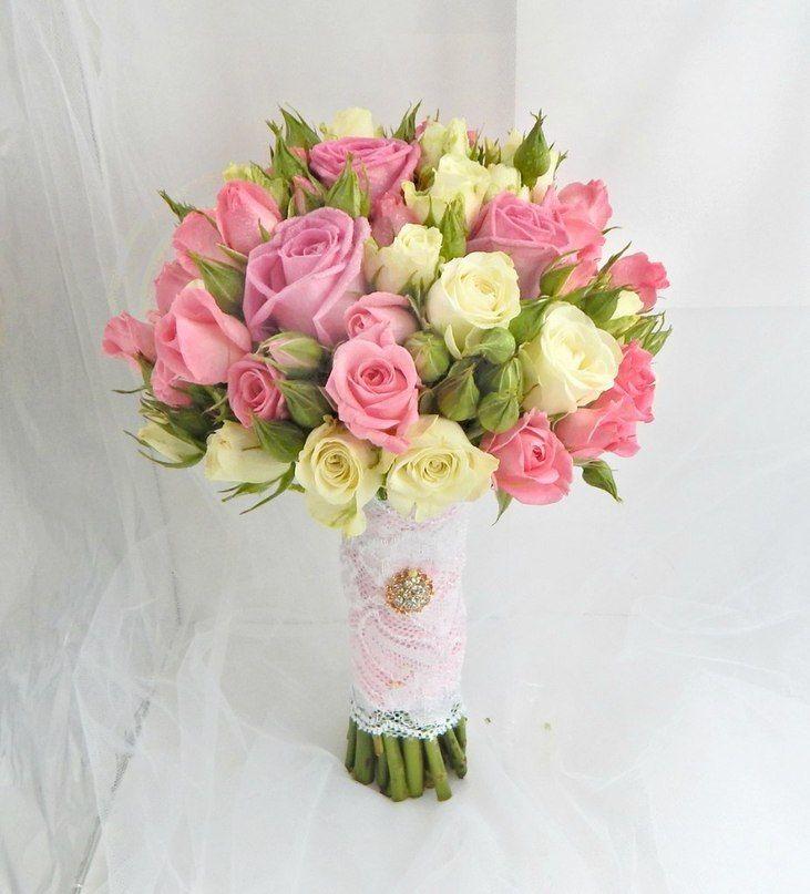 Букет невесты кустовые розы