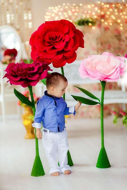 """Такие яркие розы украсят вашу фотосессию, зону президиума или выездную регистрацию. - фото 4717093 Студия  декора """"Детали"""""""